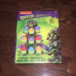 Teenage Mutant Ninja Turtles Cupcake Stand - BNWT